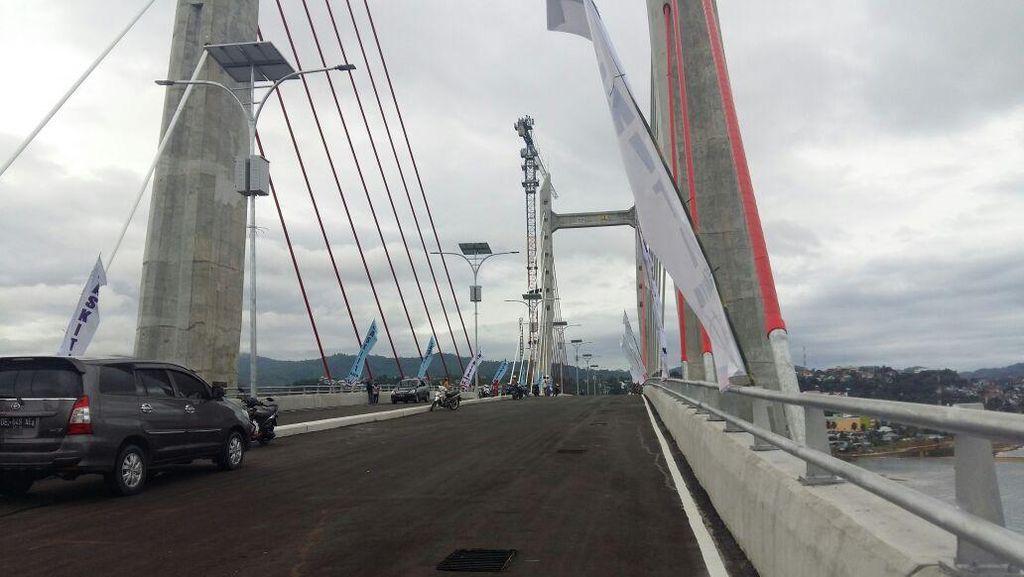 Cerita di Balik Nama Merah Putih Pada Jembatan Terpanjang Indonesia Timur