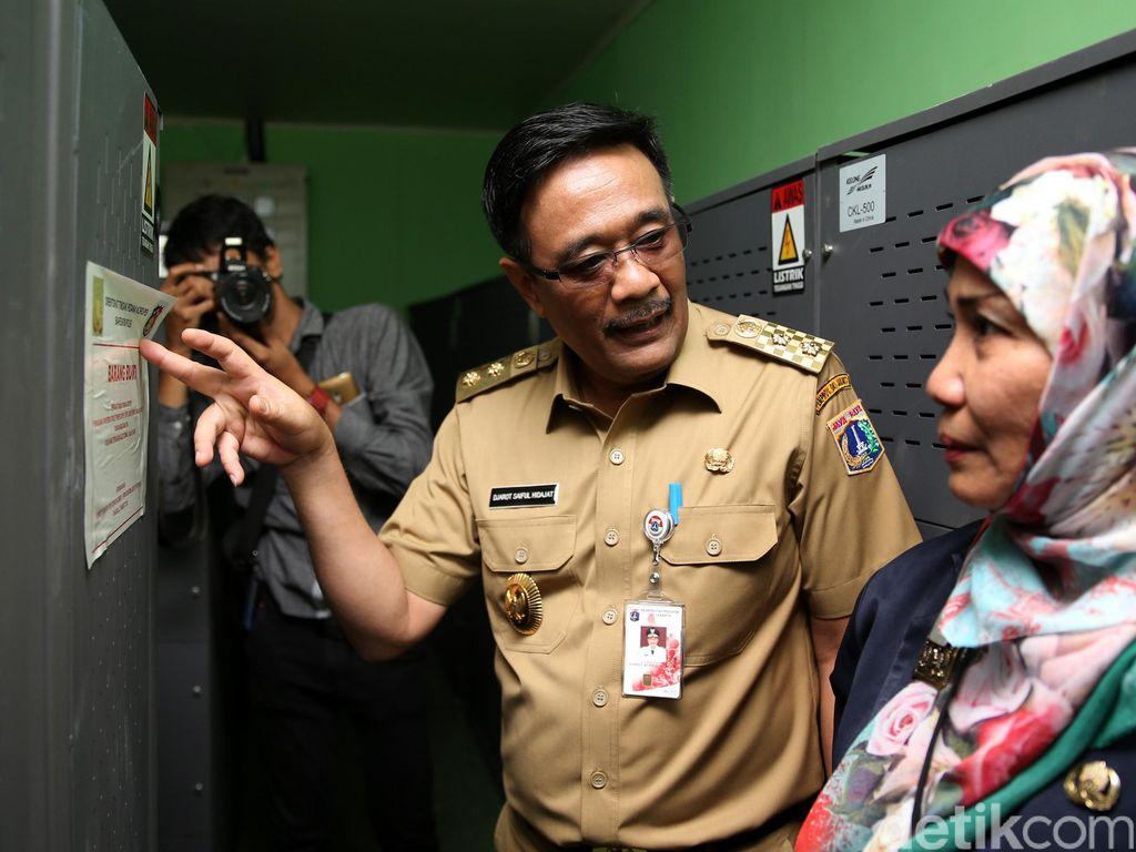 Wagub Djarot Pantau UN di SMAN 2 Jakarta