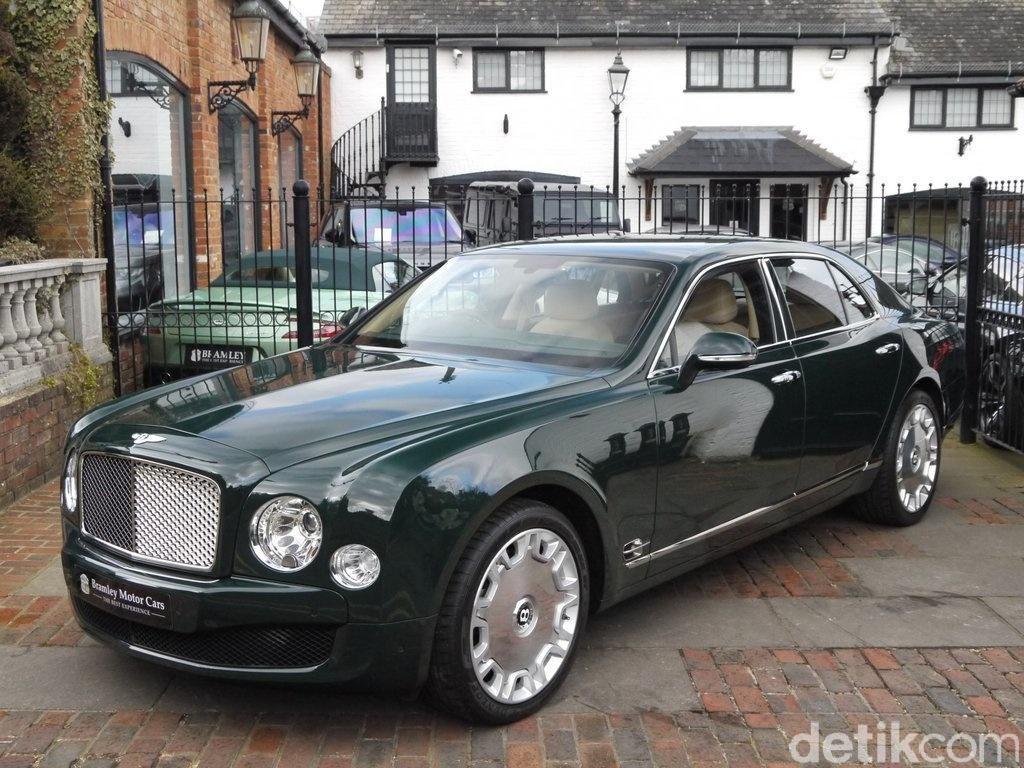 Bentley Mulsanne Ratu Inggris Dilelang