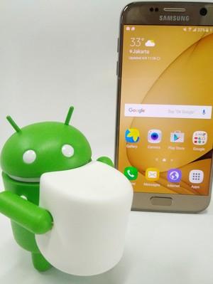 Android Marshmallow Berjaya, Nougat Incar KitKat