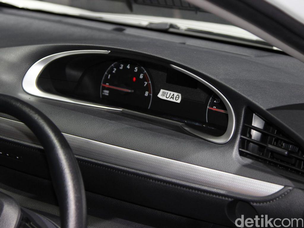 Trik Mengecek Odometer Mobil Diputar Mundur atau Tidak