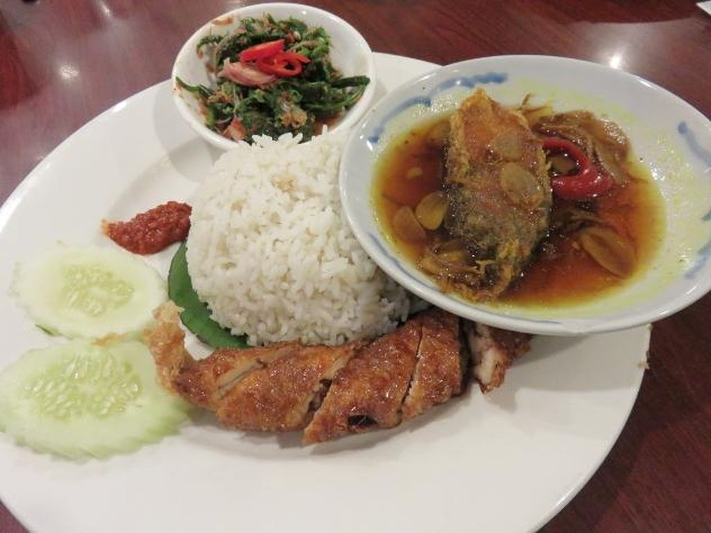 Little Penang Kafe: Mencicip Nasi Komplet dan Cendol Durian Khas Penang