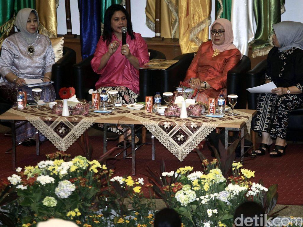 Ibu Negara Dialog dengan Istri Kepala Daerah