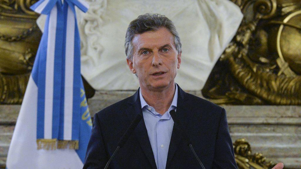 Presiden Argentina Mauricio Macri Sukses Jalani Operasi Lutut