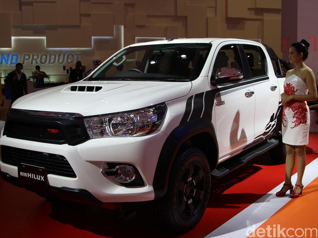Peugeot Citroen Siapkan Pikap Berbasis Toyota Hilux