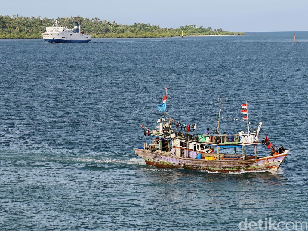 Pasien Dirujuk Pakai Kapal Nelayan, Anggota DPR Aceh Tunjuk Hidung Bupati