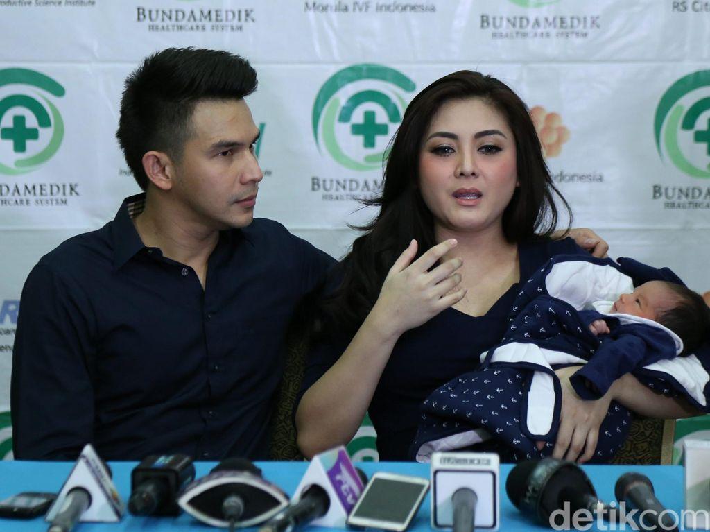 Usai Minta Ririn Dwi Ariyanti Jaga Jarak, Istri Ijonk Isyaratkan Cerai?