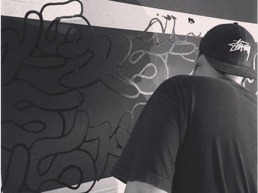 Proyek Sama-Sama Darbotz Kritik Fenomena Street Art