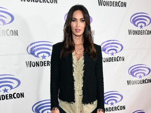 Megan Fox Ikut Margot Robbie ke Gotham City Sirens?