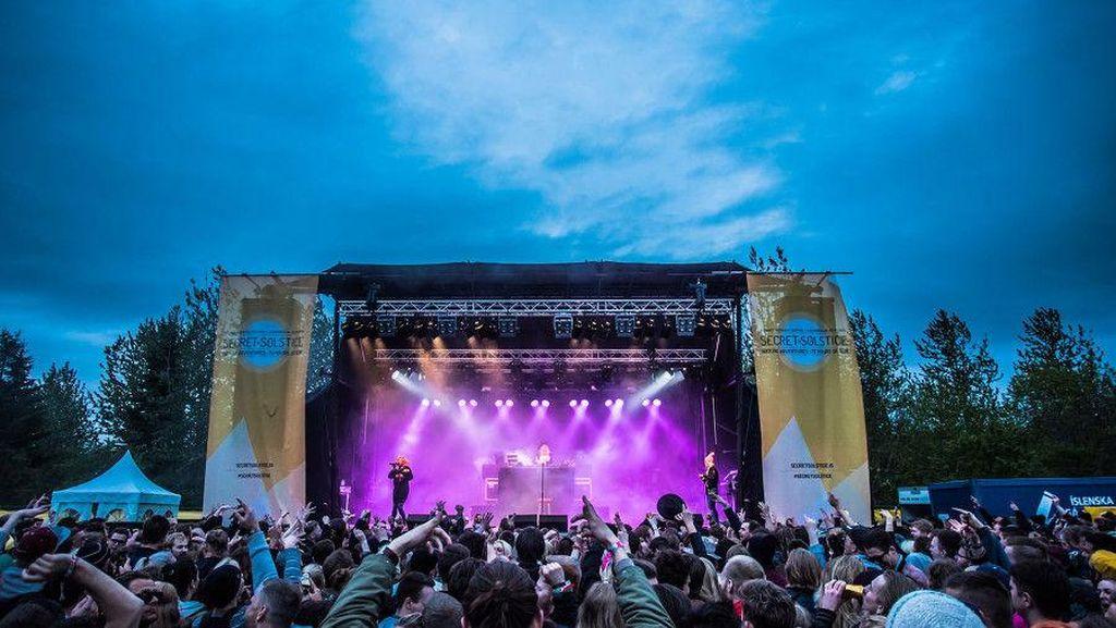 Festival Ini Tiketnya Rp 17 Miliar, Tapi Turis Mau Beli