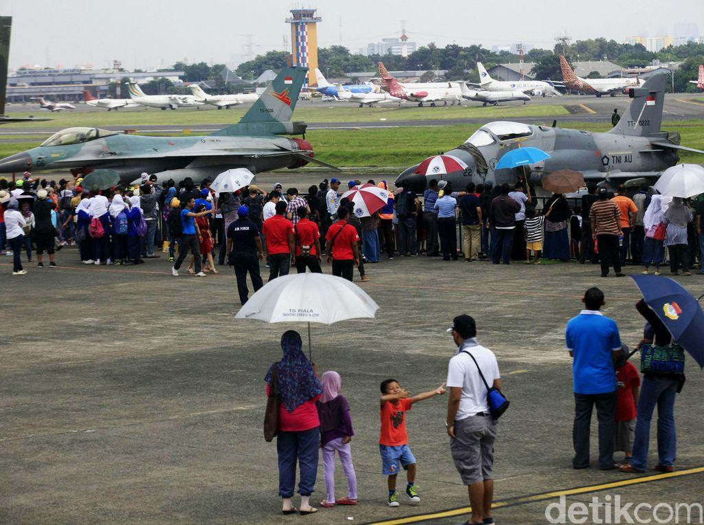 PDIP: Isu Pesawat Prabowo Dihalangi Jet Tempur Itu Tuduhan Berbahaya