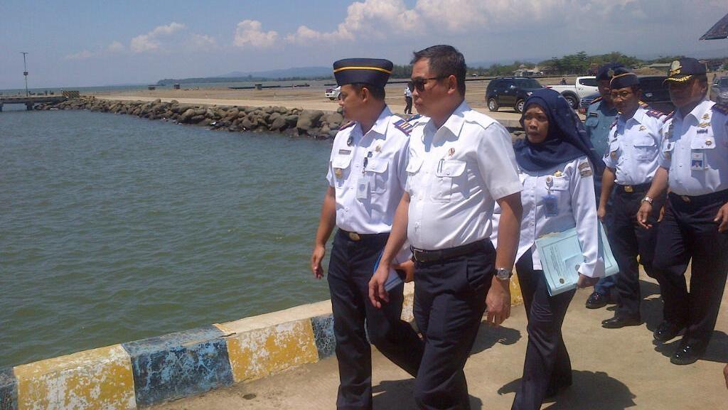 Dwell Time Pelabuhan Tanjung Perak Masih 6 Hari, Ini Respons Jonan