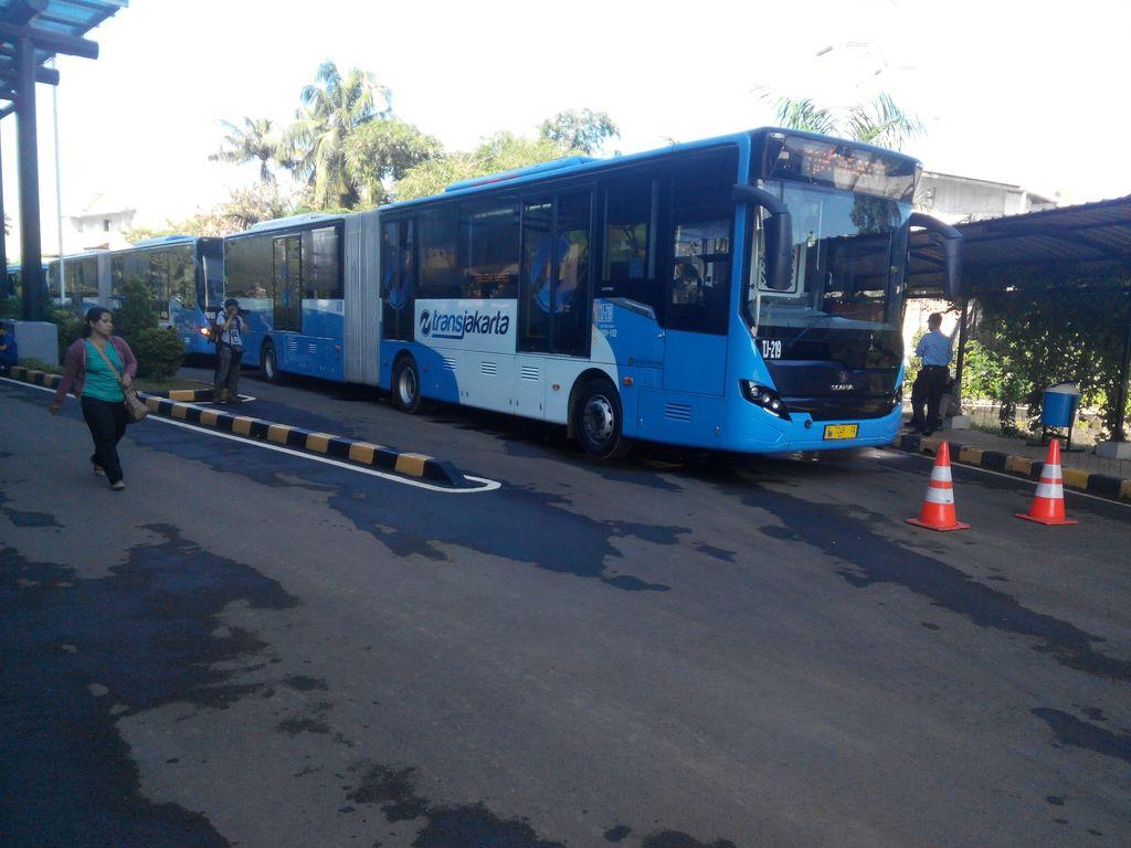 Ini 17 Rute yang Dilayani 600 Bus Baru TransJ