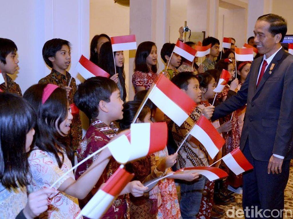 Jokowi: Masa Depan Bangsa Ada di Tangan Para Kartini