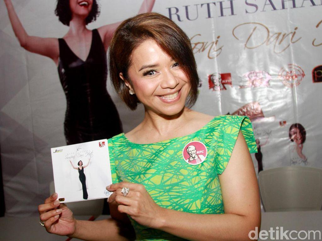 Ruth Sahanaya Lebih Abege di Album Terbaru