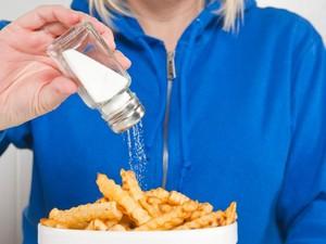 Remaja yang Konsumsi Banyak Garam Mudah Terserang Stroke Saat Dewasa