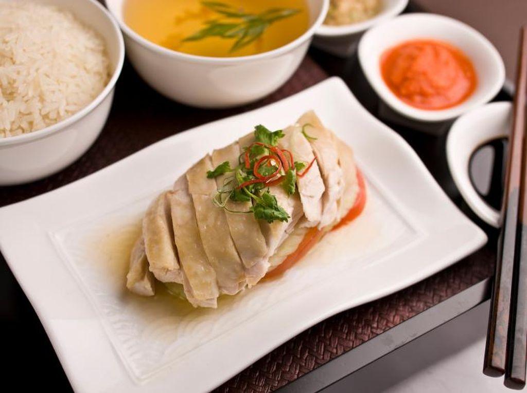 Nikmati Nasi Ayam Hainan yang Gurih Enak di 5 Tempat Ini