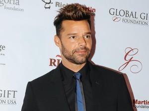 Ricky Martin Segera Menikah dengan Kekasih Prianya