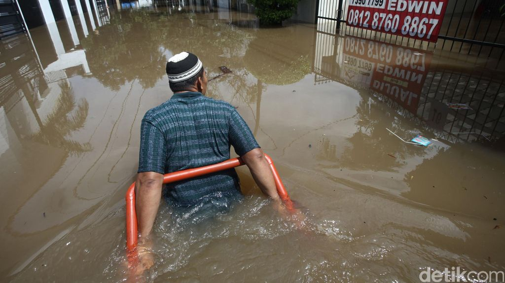 Kemang Timur Terendam Banjir