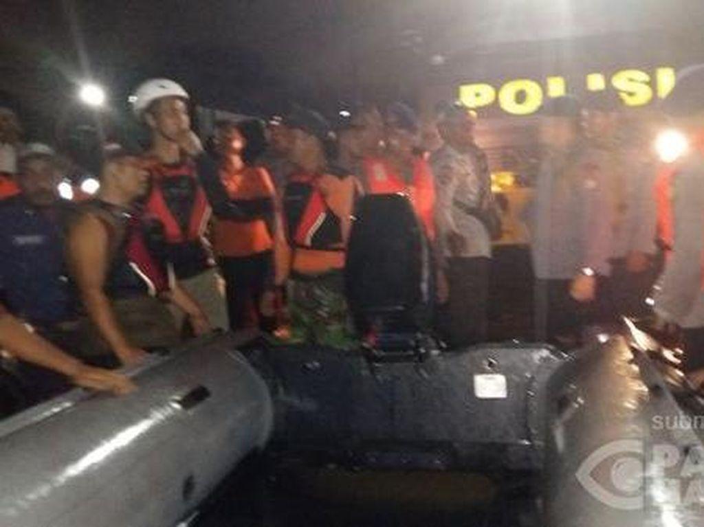 Tanggul Kali Bekasi Jebol, Warga Perumahan Pondok Gede Permai Masih Mengungsi
