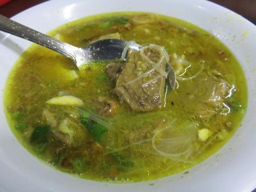 Resep Soto Daging Madura, Gurih dan Mudah Bikinnya!