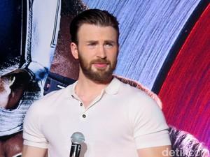 Ryan Gosling dan Chris Evans Main Film Garapan Sutradara Avengers