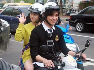 Potret Kencan Terakhir Song Ji Hyo dan Chen Bolin di Taiwan