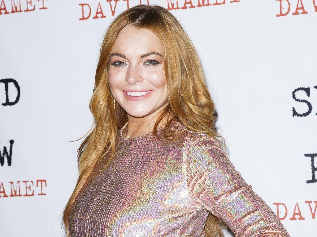 Tak Cuma Punya Resor, Lindsay Lohan Bakal Beli Pulau Pribadi