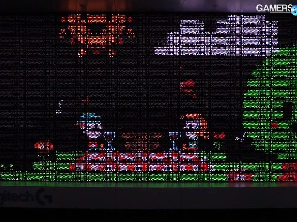Keren! LED Wall Ini Dibentuk dari 160 Keyboard