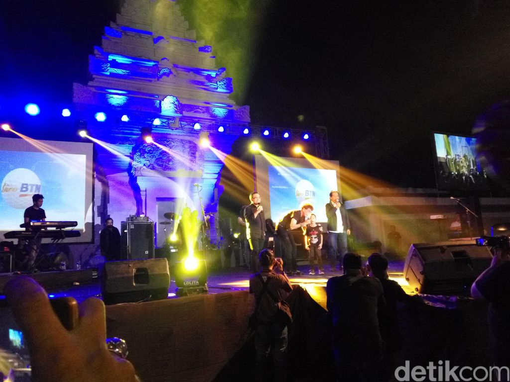 Konser GodBless di Taman Gesibu Banyuwangi Pecah!