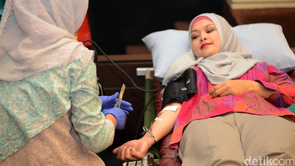 Berbagai Manfaat Donor Darah, Salah Satunya Enteng Jodoh