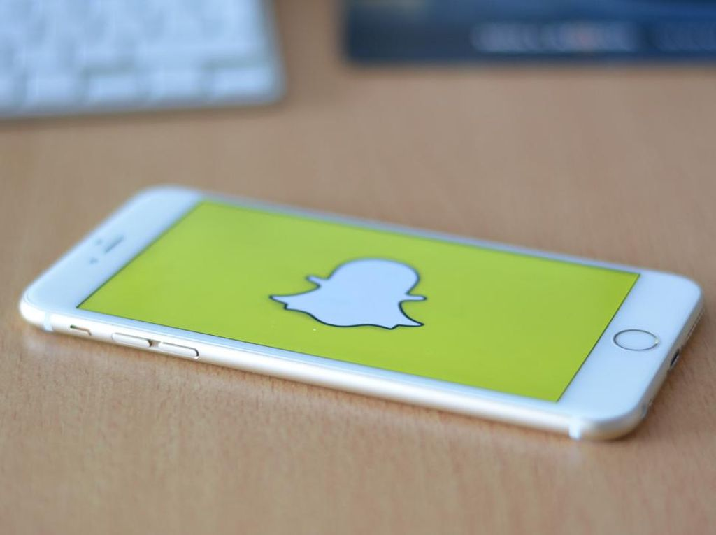 Kenali Mitos Terkait Virus Corona dengan Snapchat