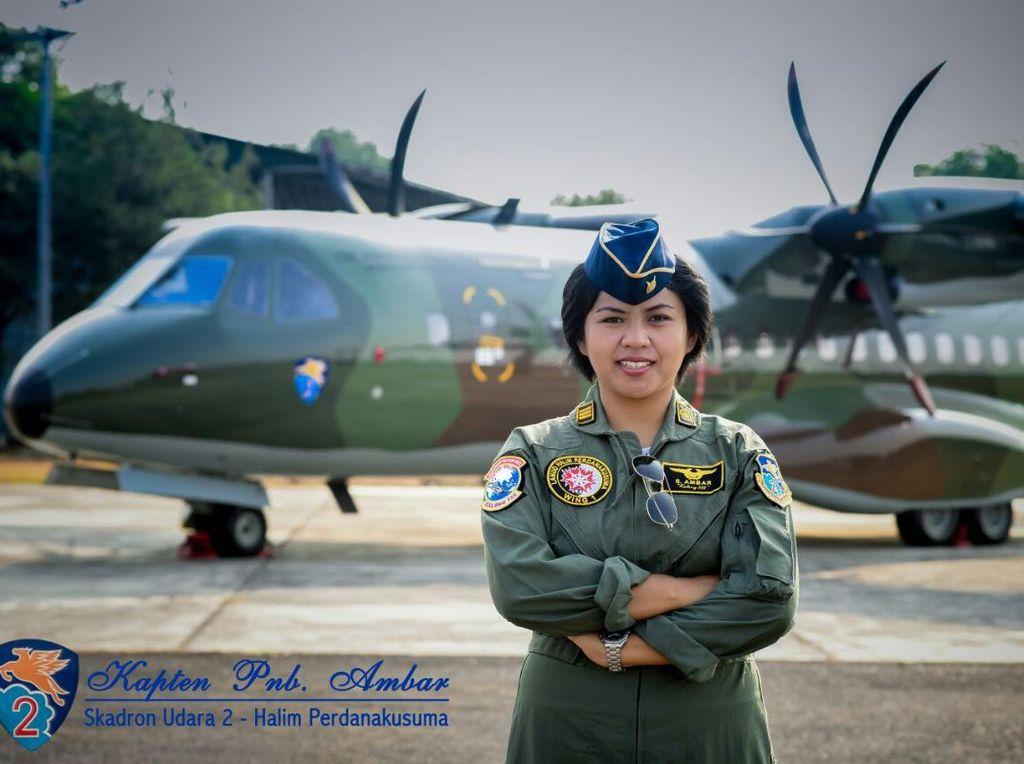 Cara Kapten Ambar Menjawab Keraguan Saat Menerbangkan Pesawat TNI AU