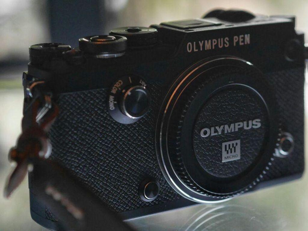 Tampang Jadul Olympus Pen-F