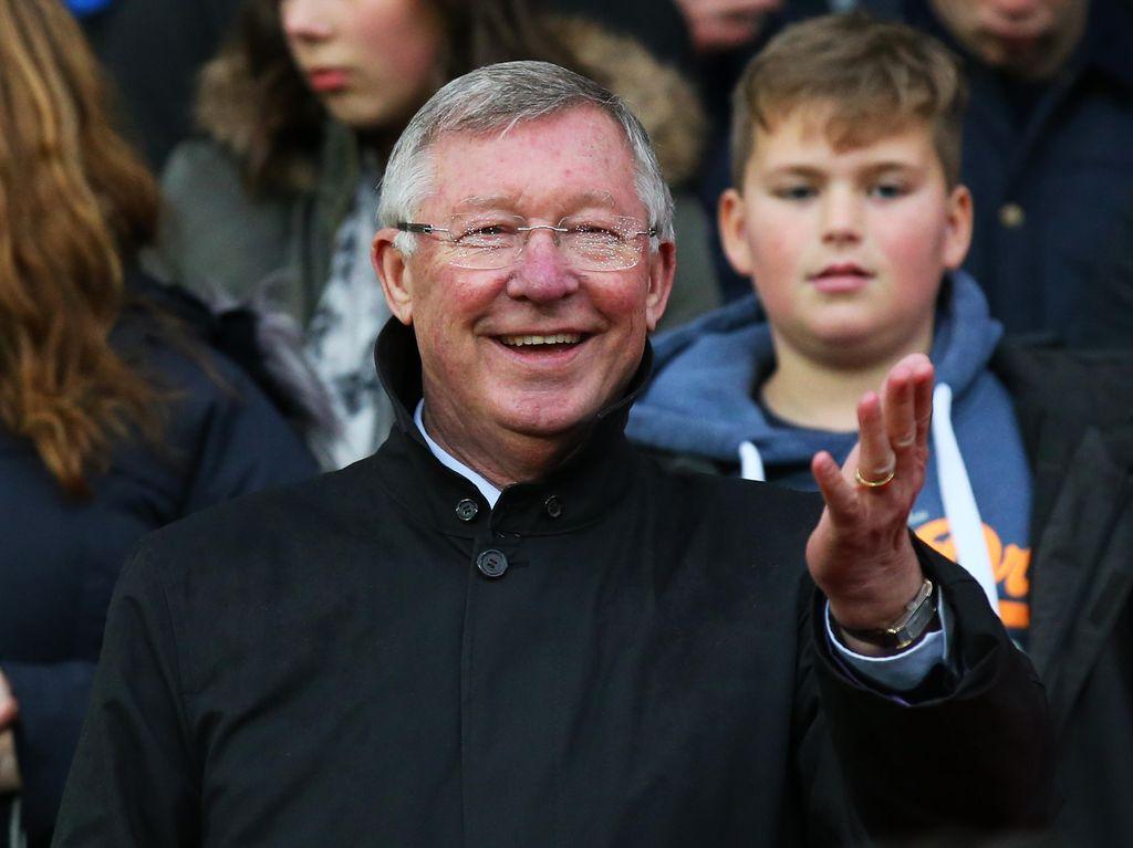 Sir Alex Ferguson Dilarikan ke RS