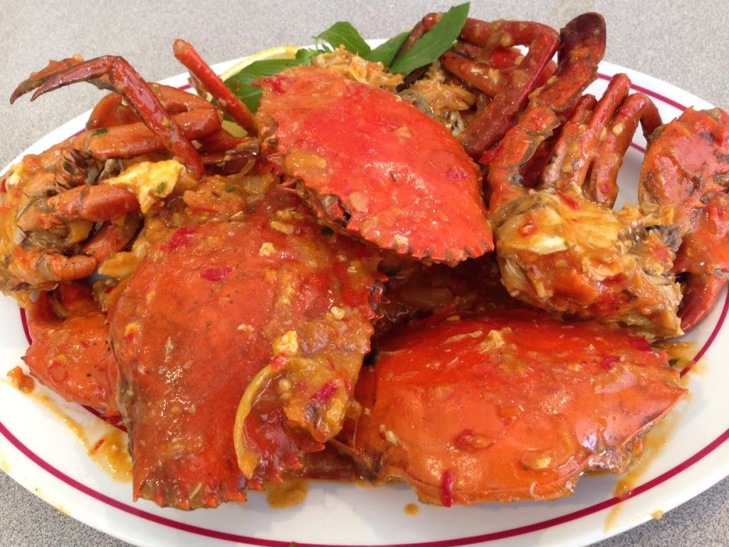 Yuk, Malam Ini Makan Enak dengan Kepiting hingga Kerang Berlumur Saus Gurih!