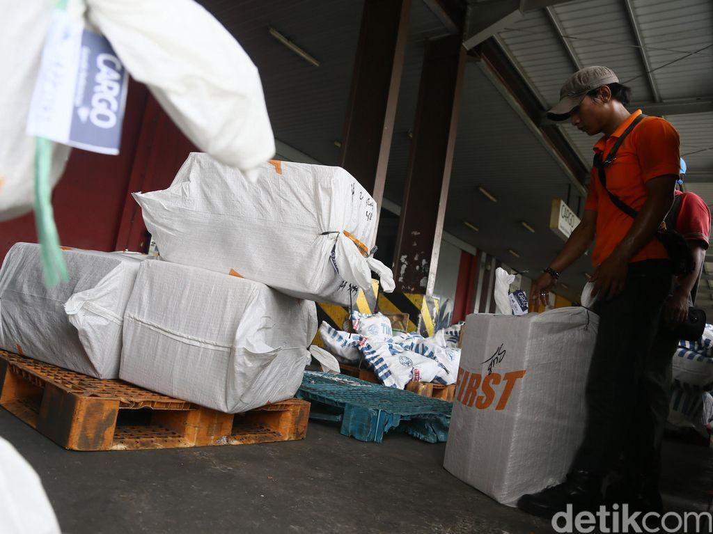 4 Perusahaan Logistik Tutup, 200 Karyawan di Ambang Pengangguran