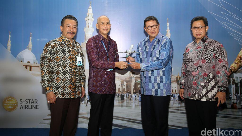 Terbang Perdana Garuda dari Jakarta-Madinah