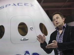 Elon Musk Yakin SpaceX Akan Daratkan Manusia di Mars Tahun 2026