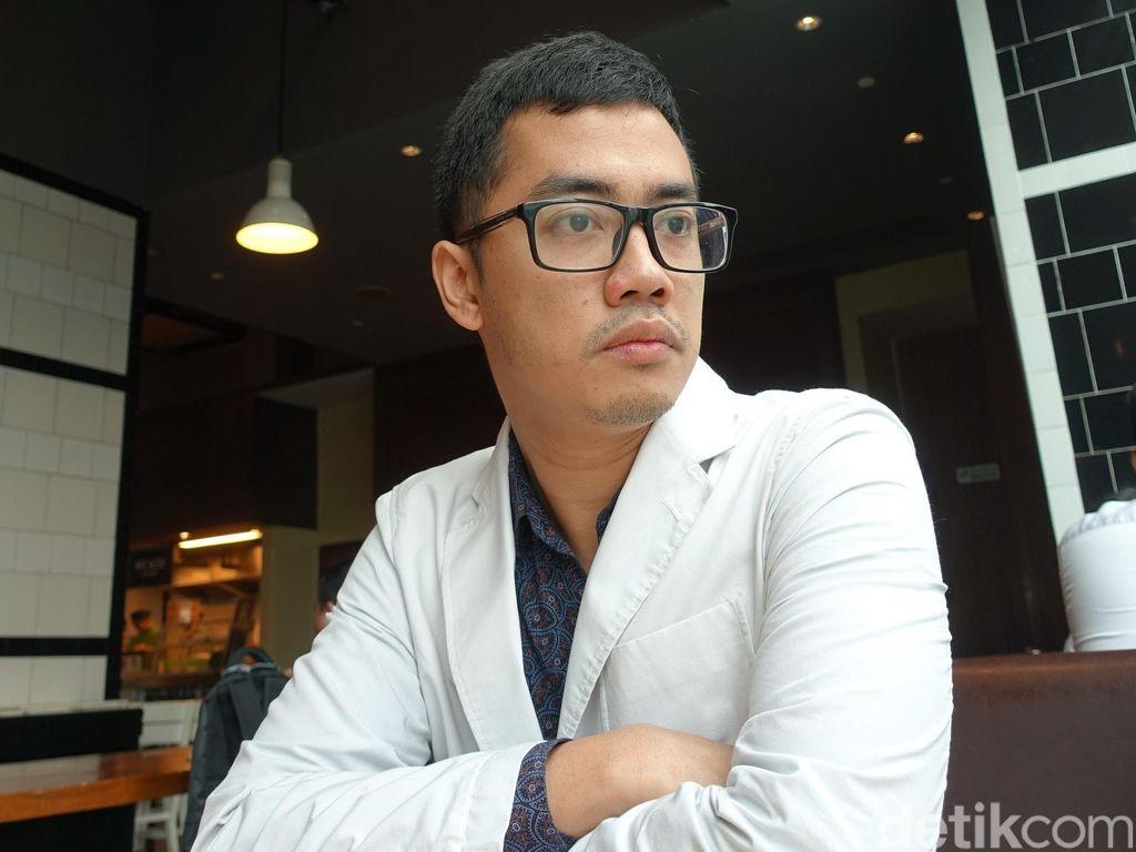 Istri Positif COVID-19, Dennis Adhiswara Jalani Isolasi Mandiri
