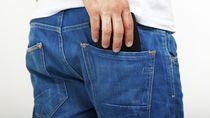 Studi Sebut Taruh Ponsel di Saku Celana Berisiko Turunkan Kesuburan Pria