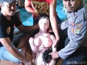 Akhir Cerita Boneka Dikira Bidadari di Banggai Laut: Ternyata <i>Sex Toy</i>