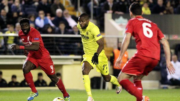 Villarreal menundukkan Liverpool 1-0 pada pertandingan leg I semifinal Liga Europa di El Madrigal, Jumat (29/4). Satu-satunya gol itu dicetak oleh Adrian Lopez.