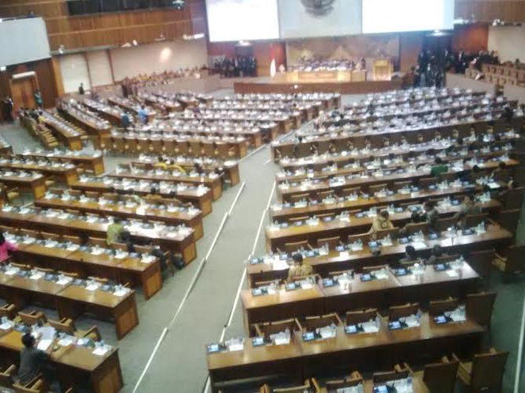 Anggota DPR dari PKS Interupsi Soal Pelantikan Ledia Hanifah