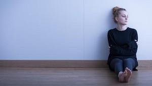 Malam <I>Weekend</I> Sendirian Saja? Awas, Kesepian Bisa Memperpendek Umur