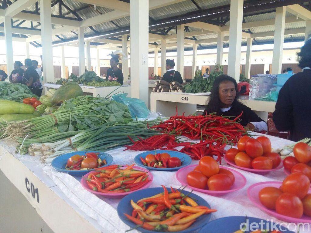 Pedagang di Jayapura Senang Direlokasi ke Pasar