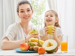 Agar Anak Tetap Sehat Terapkan 8 Aturan Makanan Ini (2)