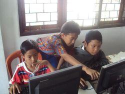 Ini Bedanya Laptop Merah Putih dan Laptop untuk Sekolah