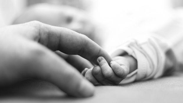 ilustrasi bayi baru lahir