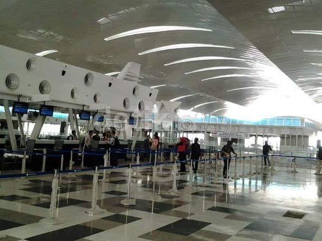 2 Warga Depok Positif Corona, Pengawasan Kedatangan di Kualanamu Diperketat